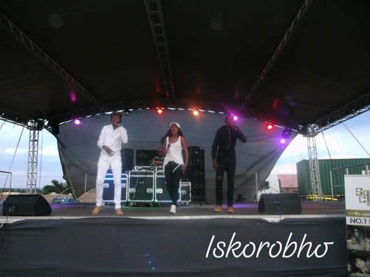 2Les ft Gubevu - Iskorobho