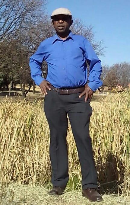 Kaki Mphahlele's Biography